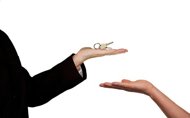 předání klíčlů